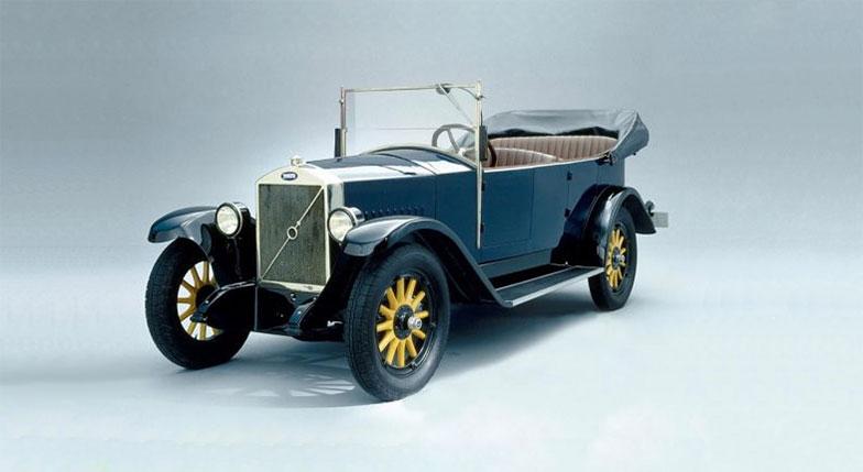Первый автомобиль Vovlo на шинах Gislaved
